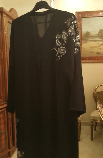 abaya black.png
