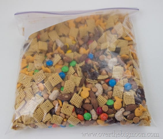 disneyland trail mix4