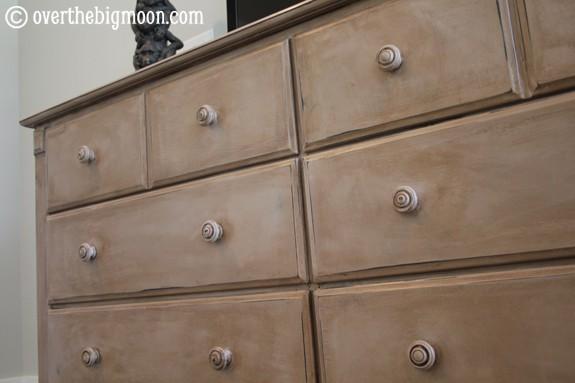 dresser-1