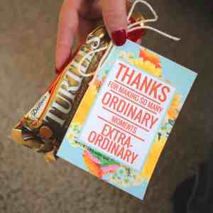 Help thank all those special people in your life by giving them a small treat along with this cute gift tag! From www.overthebigmoon.com!