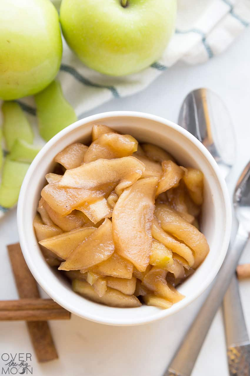 Slow Cooker Cinnamon Apples - the perfect Fall treat! From overthebigmoon.com!