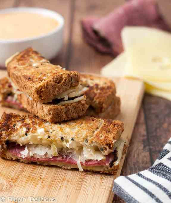 gluten-free-rueben-sandwich-dippers-with-thousand-island-dipping-sauce-5