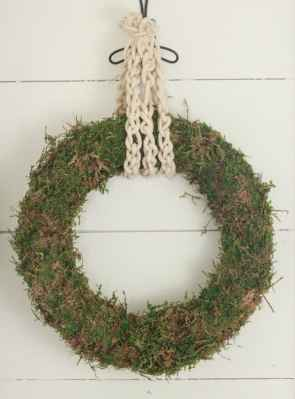 DIY Moss Wreath with Simple Rope Accents