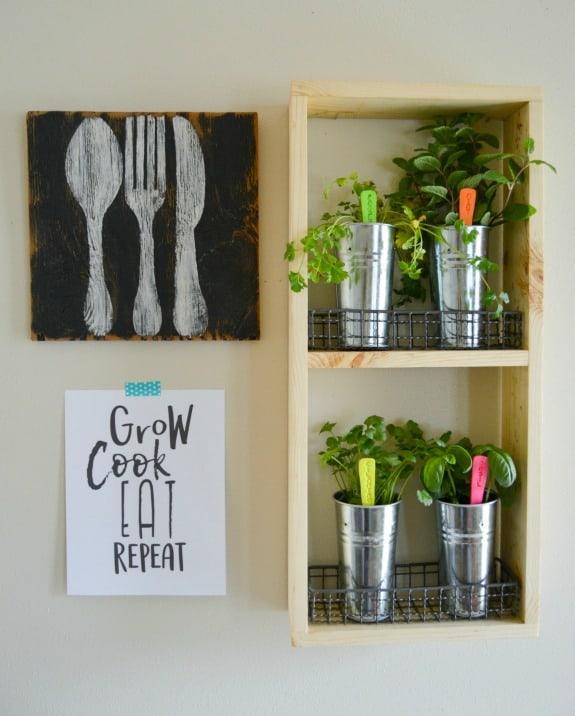 DIY Wooden Herb Garden