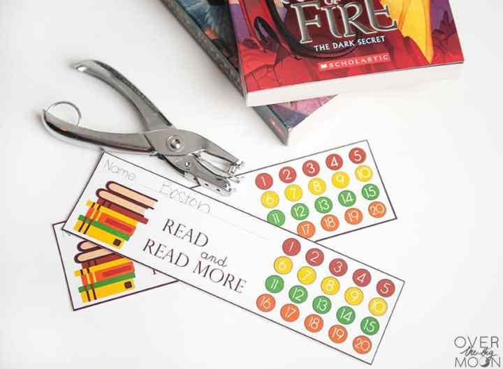 Punchcard Bookmark Printable - overthebigmoon.com