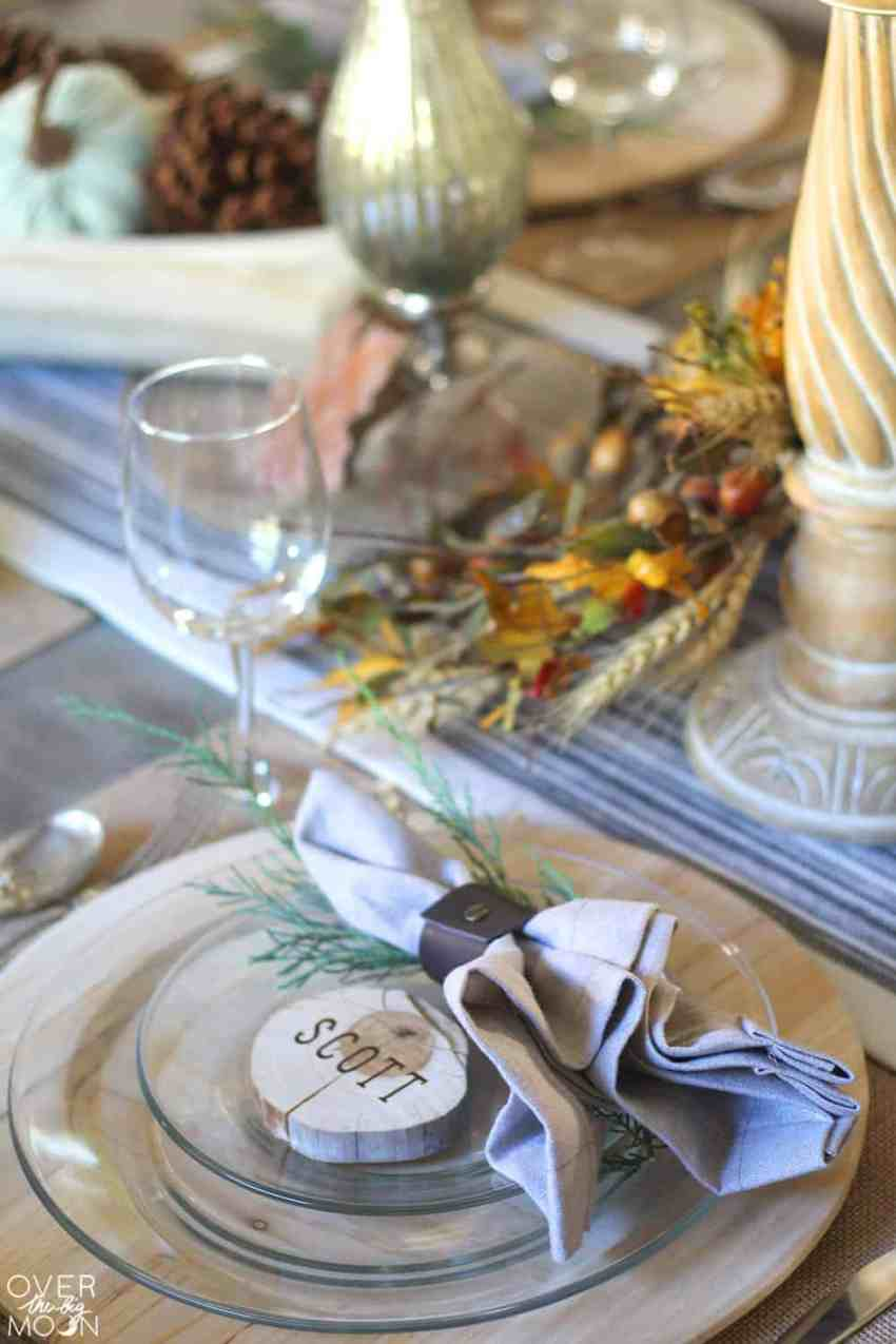 Elegant Farmhouse Thanksgiving Tablescape - come learn how to make these easy DIY Wood Slice Place Cards!