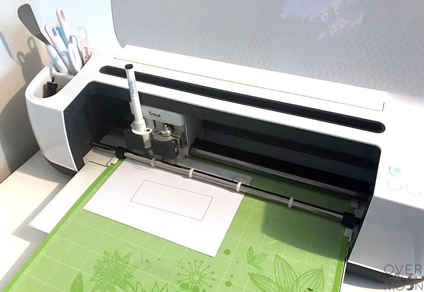 Cricut Maker making a custom North Pole envelope! Click here for the Design Space link!
