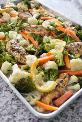 Sheet Pan Chicken and Vegetables - the perfect easy meal the whole family will love! From overthebigmoon.com!