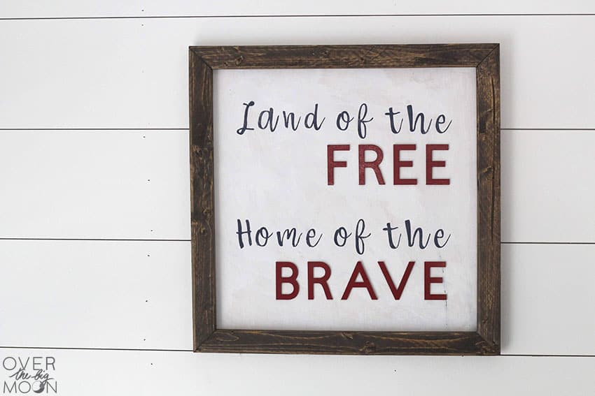 4th of July Sign perfect for the home or the porch! Created using vinyl stencil and chipboard letters! From overthebigmoon.com!