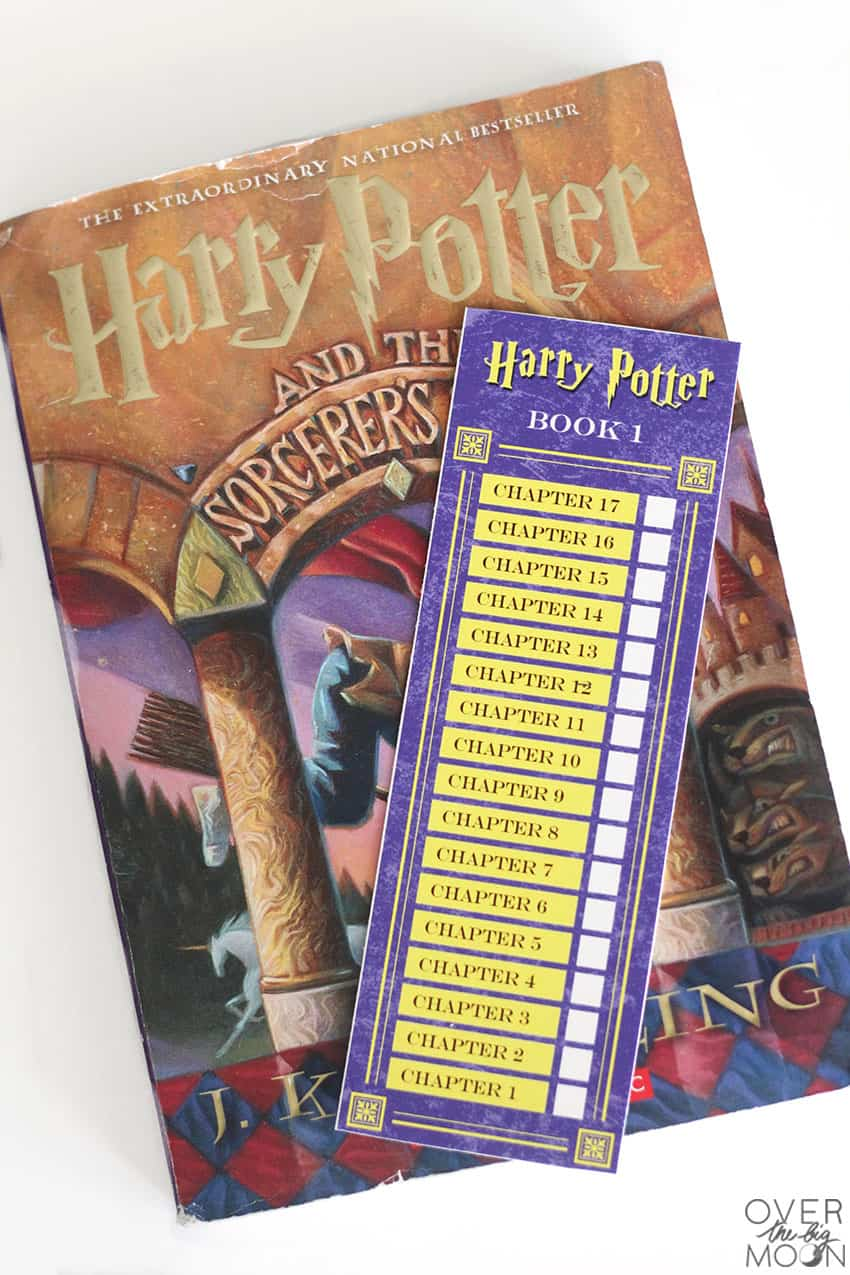 Harry Potter Punch Card Bookmark Printable from overthebigmoon.com!