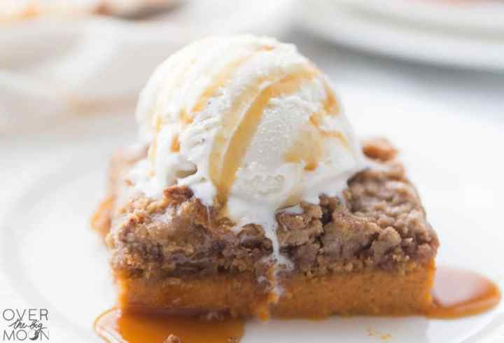 Easy Pumpkin Dump Cake - perfect Fall treat! And SO easy to throw together! From overthebigmoon.com!