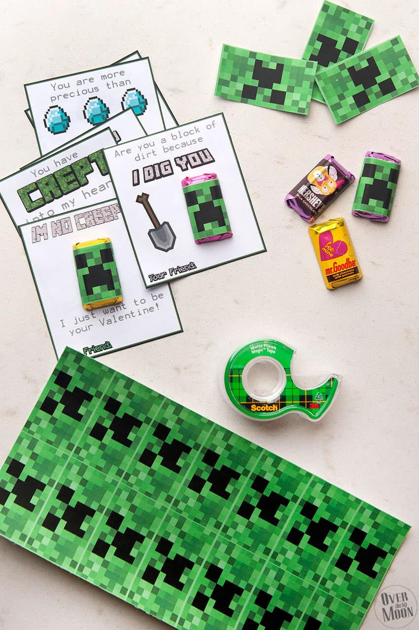 Assemble Green Minecraft Printable Valentine's using printable valentines and creeper mini candy bar wrappers! From overthebigmoon.com!
