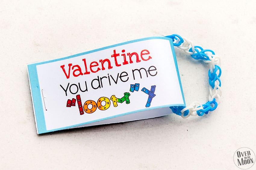 Rainbow Loom Bracelet Valentine's | overthebigmoon.com!