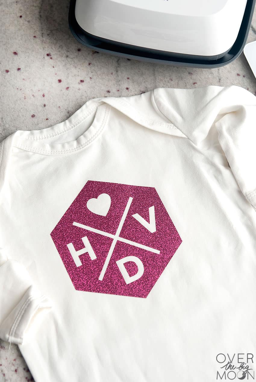 Cute Valentine's Day Knot Pajamas for a newborn baby! From overthebigmoon.com!