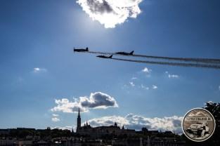 Kunstflugshow des Red Bull Zirkus in Anschluss an das Rennen