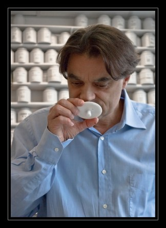 Olivier Scala durant une dégustation de thé - ©Thés George Cannon