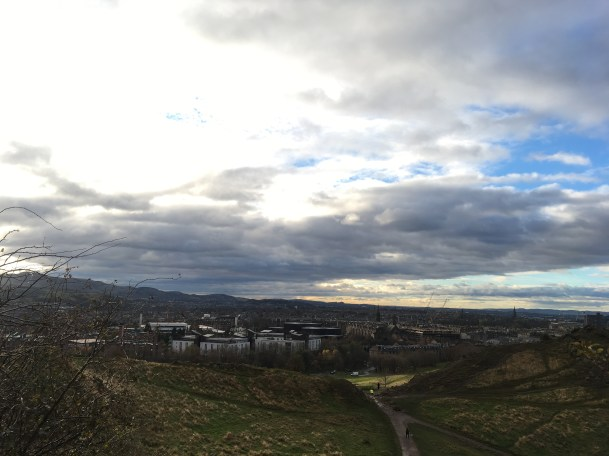 Climbing Arthur's Seat in Edinburg - ©Chloé Chateau