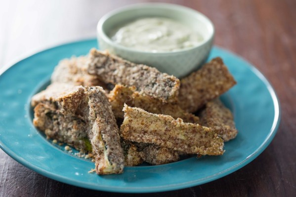Almond Crusted Zucchini Fries2
