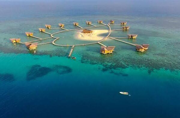 6 Best And Wonderful Overwater Bungalows In Indonesia Overwater Villas
