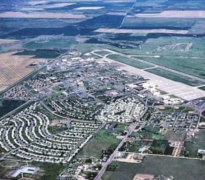 OVNIs são vistos ao redor da Base Aérea de Malmstrom, Montana - EUA 1