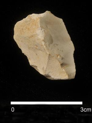 objeto-pedra-mais-antigo-europa-afp