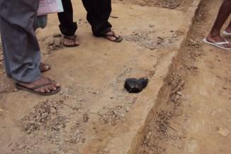 Possível meteorito em Pernambuco. (Clique com o botão direito do mouse para ampliar a foto.)