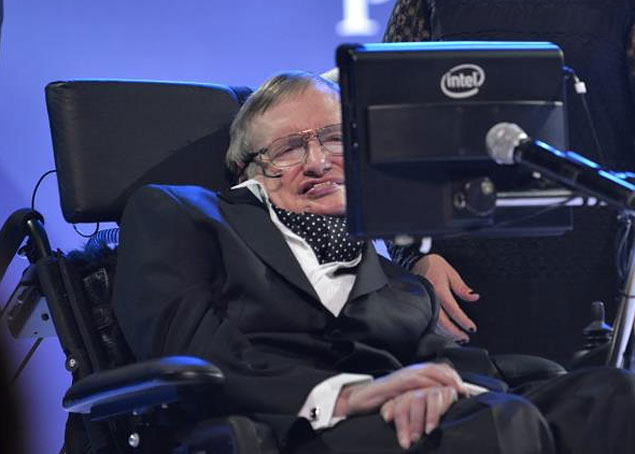 Stephen Hawking insiste em dizer que os ETs são perigosos 1