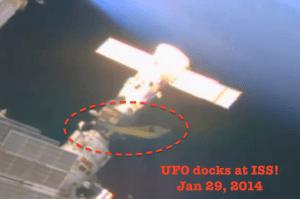 OVNI-acoplado-à-ISS