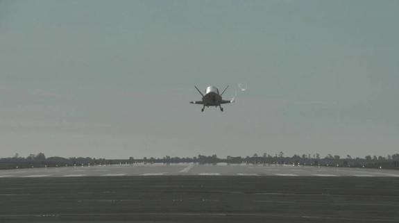 Espaçonave robótica está em órbita da Terra há 677 dias e sua missão ainda é mistério 1