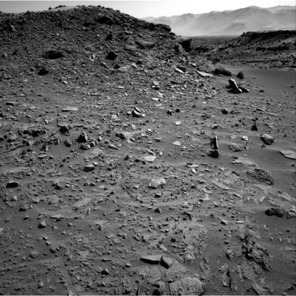 rocha-levitando-em-Marte