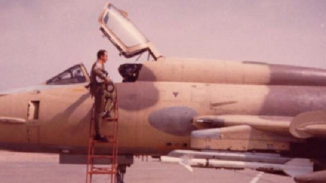 O piloto que atirou num OVNI e viveu para contar a história