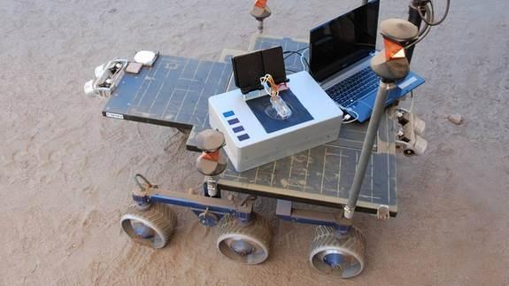 Laptop equipado para encontrar sinais de vida extraterrestre. Crédito: NASA