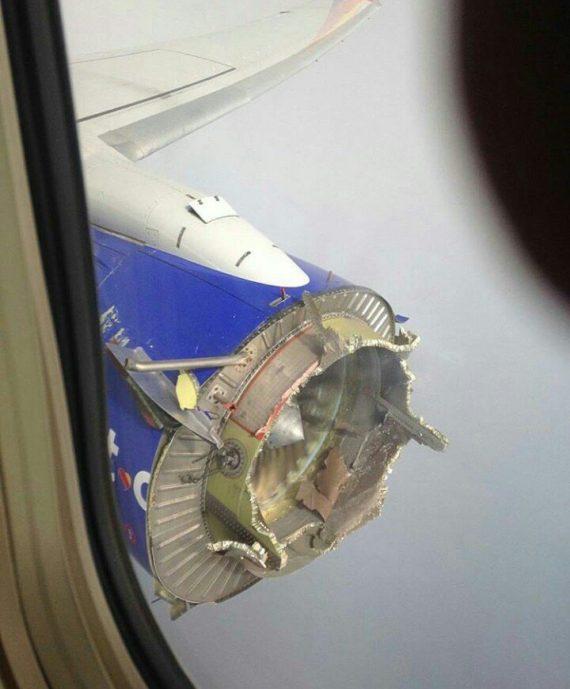 boeing-737-danificado-por-ovni