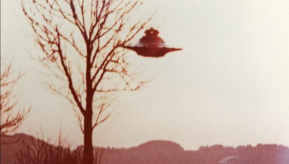 ufo-and-tree-540x306