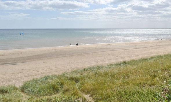 Militares invadiram praia, após onda de avistamentos de OVNIs no Reino Unido 2