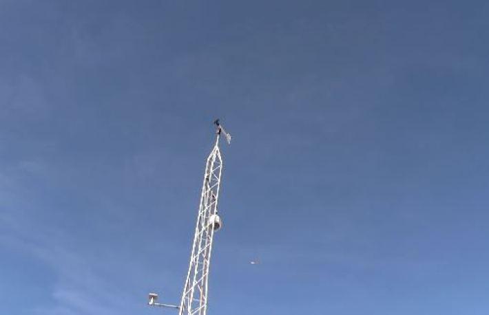 atividade aérea intensa sobre a Área 51