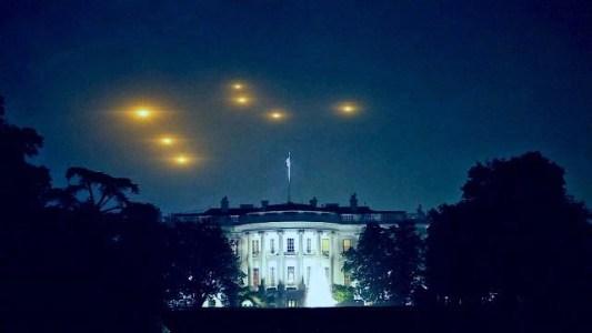 operação de invasão alienígena de bandeira falsa