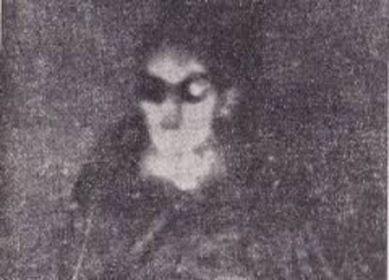 foto de um alienígena tirada dentro de um disco voador