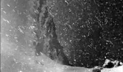 vídeo espetacular de um cometa