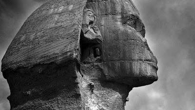 nova Esfinge enterrada no Egito