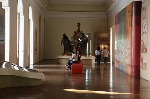 Rocha extraterrestre sobrevive ao incêndio do Museu Nacional do Brasil 3