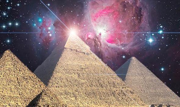 As pirâmides do Egito foram projetadas cientificamente. Envolvimento alienígena?
