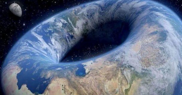 terraplanista acredita que a Terra tem o formado de uma rosca