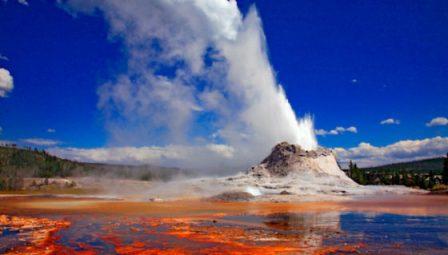 Gêiser do Parque Yellowstone está entrando em erupção a taxas sem precedentes