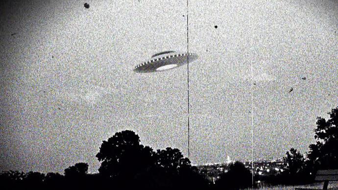 15 fotos de OVNIs tiradas antes da existência de computação gráfica e drones 10