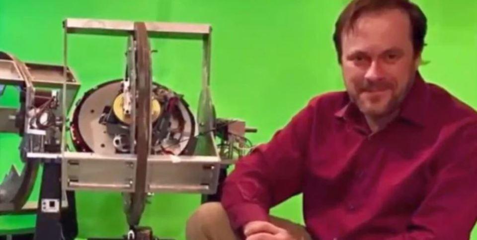 Produtor de TV processa 'cientista da CIA' na tentativa de expor 'acobertamento governamental de OVNIs' e tecnologia antigravitacional 2