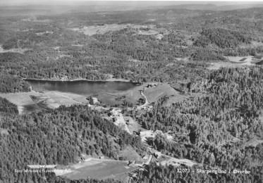 Skarpengland sett mot øst - Loland i bakgrunnen. Ca. 1950?