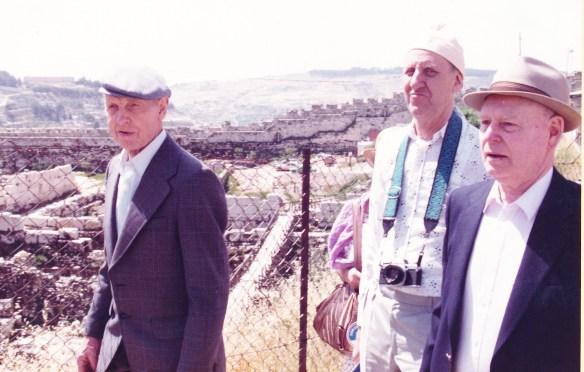 Georg Ilebekk, Martin Rokoengen og Torvald Skuland på tur til Israel.