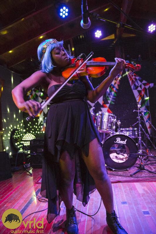 Violinda Lola
