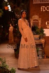 Sabyasachi-at-PCJ-Delhi-Couture-Week-2013-9